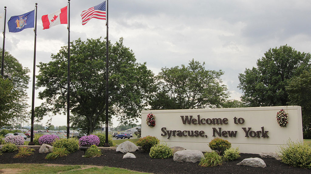 candlewood-suites-north-syracuse-sign