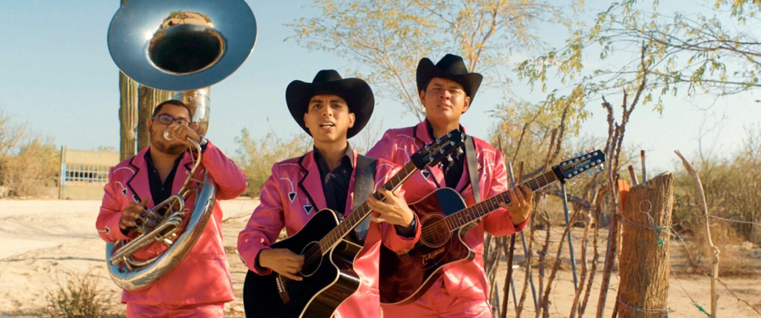 Off the road - Celuloide Latino
