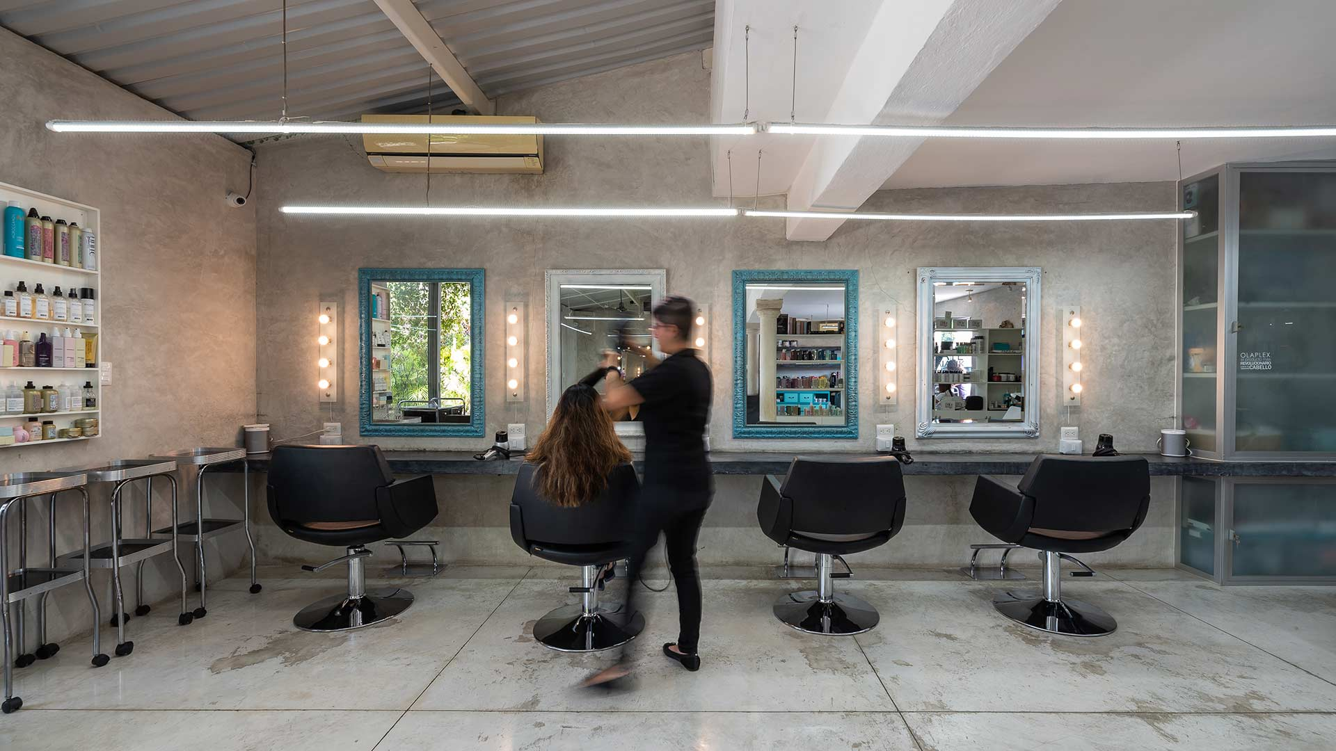 Kate Miasik Salon - Corte de cabello