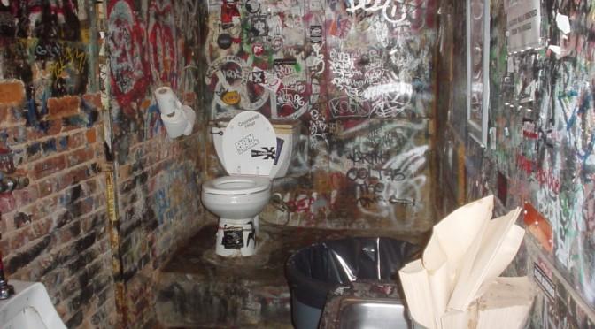 Bathrooms: Reno Or Refluff?