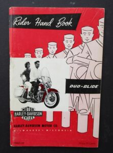 1964 VINTAGE HARLEY MOTORCYCLE RIDERS HAND BOOK DUO GLIDE TWIN CYLINDER MANUAL - LITERATURE