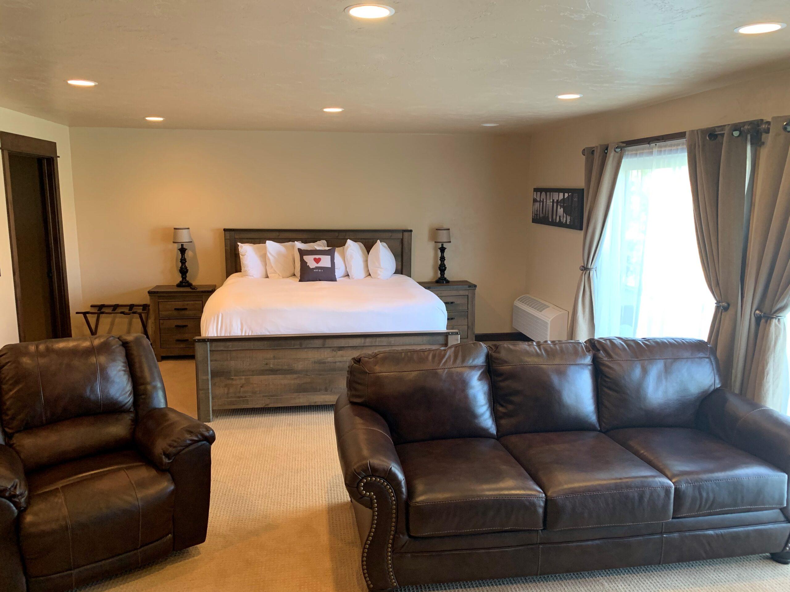 Exec Suite Bed Pic 7-27-21