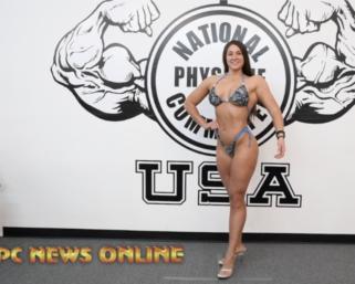 NPC True Novice Figure Competitor Shaylee Ianno Posing Practice Video