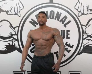 Road To The IFBB Pittsburgh Pro 2021 – Neal Cash Posing