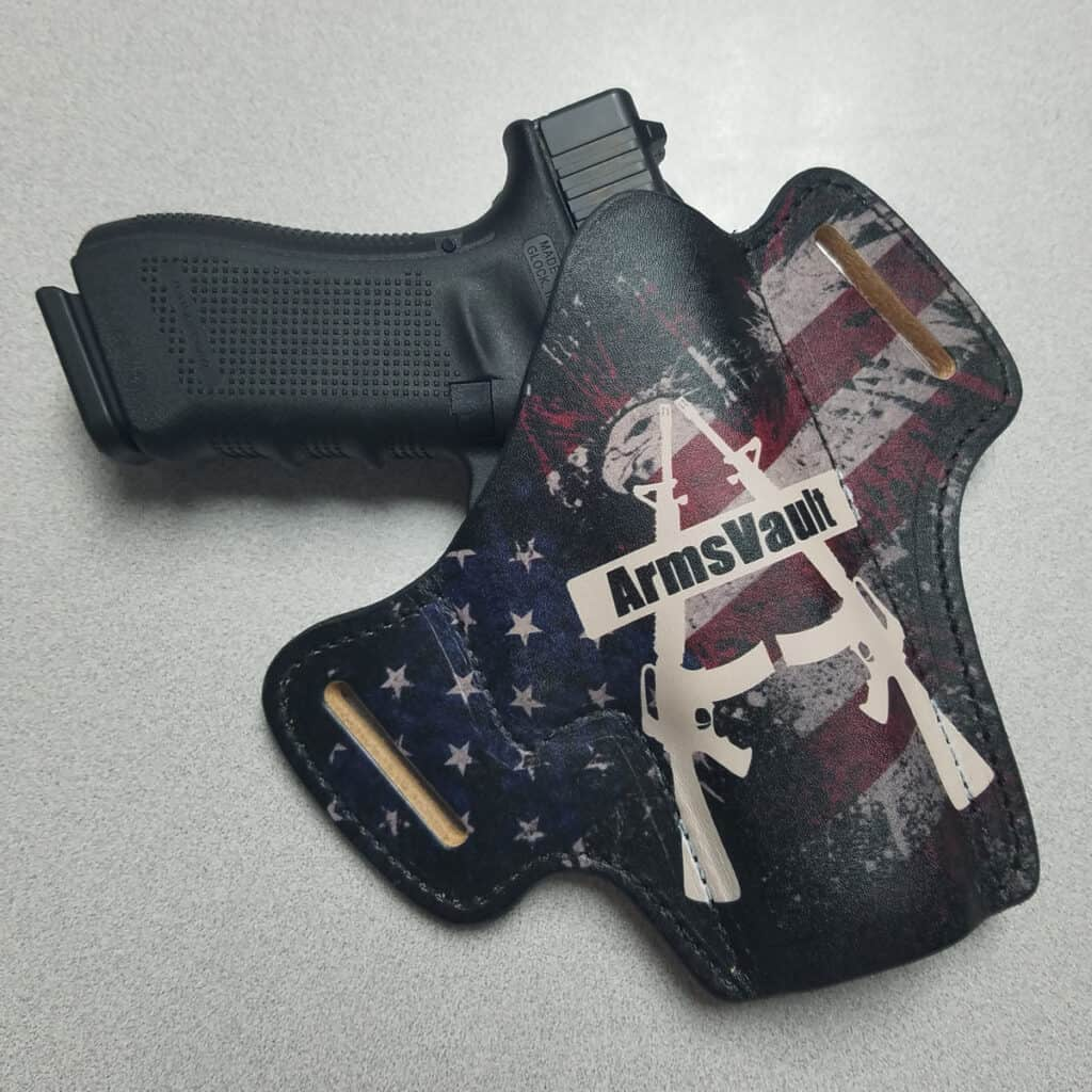 Wicked Leather Werkz Custom Leather Holster with Glock 17