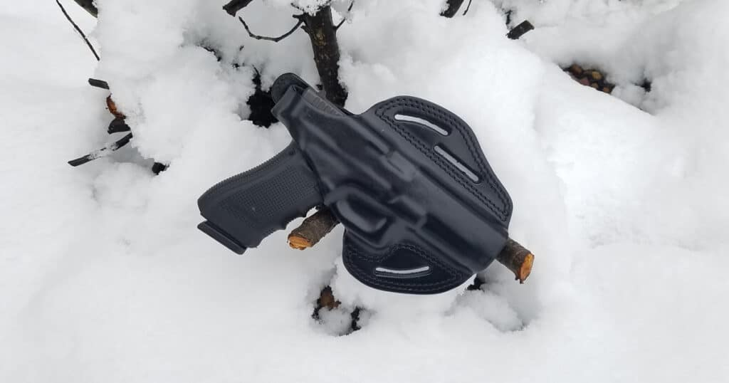 Leather Pancake Holster with Glock 17