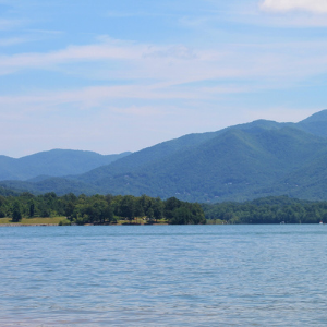 Lake in the mountains of North Carolina
