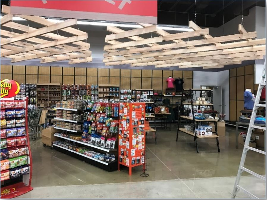 LI Group Construction of Gander Outdoor In-Store Display