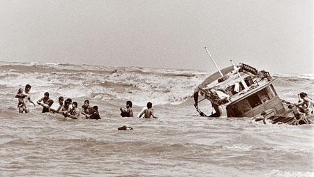 vietnamese-boatpeople