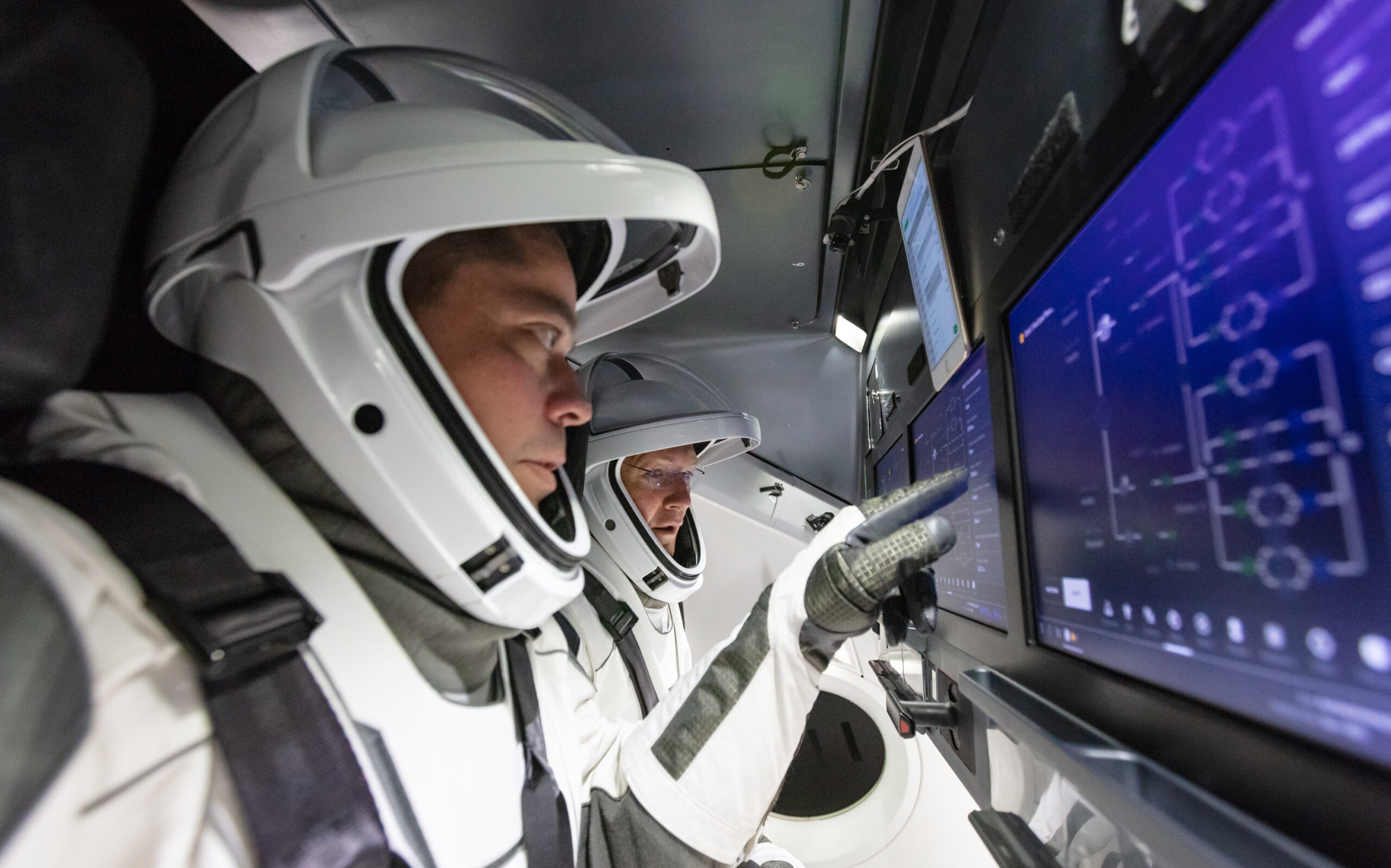 CCP Astronauts Bob Behnken and Doug Hurley - SpaceX Training
