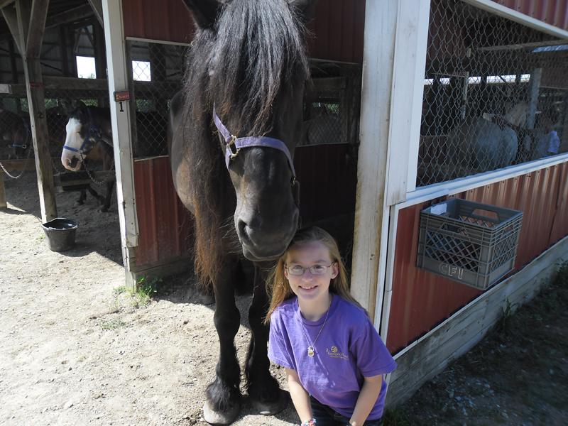 br-girls-big-horse-56