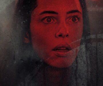 [CRÍTICA] La casa oscura no es un gran thriller psicológico, pero está lo suficientemente bien hecho y actuado, como para entretener en el cine.
