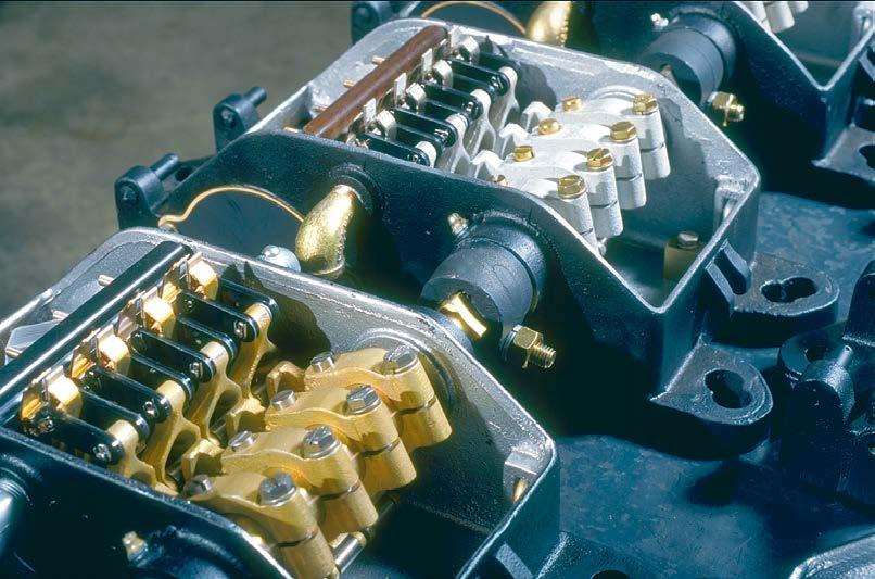 U5-switch-circuit-controller-interior-04-small