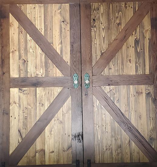 Barn Doors & More home page header image of barn door