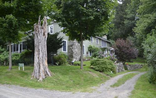 stonehouse wood sanctuary