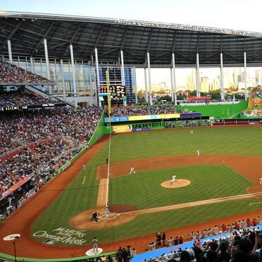 Marlins to Allow 20% Capacity at Marlins Park in 2021