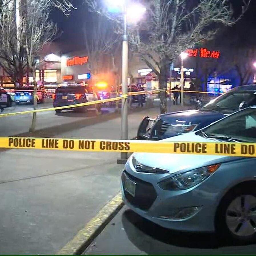 Hollywood police swarm neighborhood after shooting reported