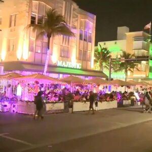 Spring break crowds flock to Fort Lauderdale