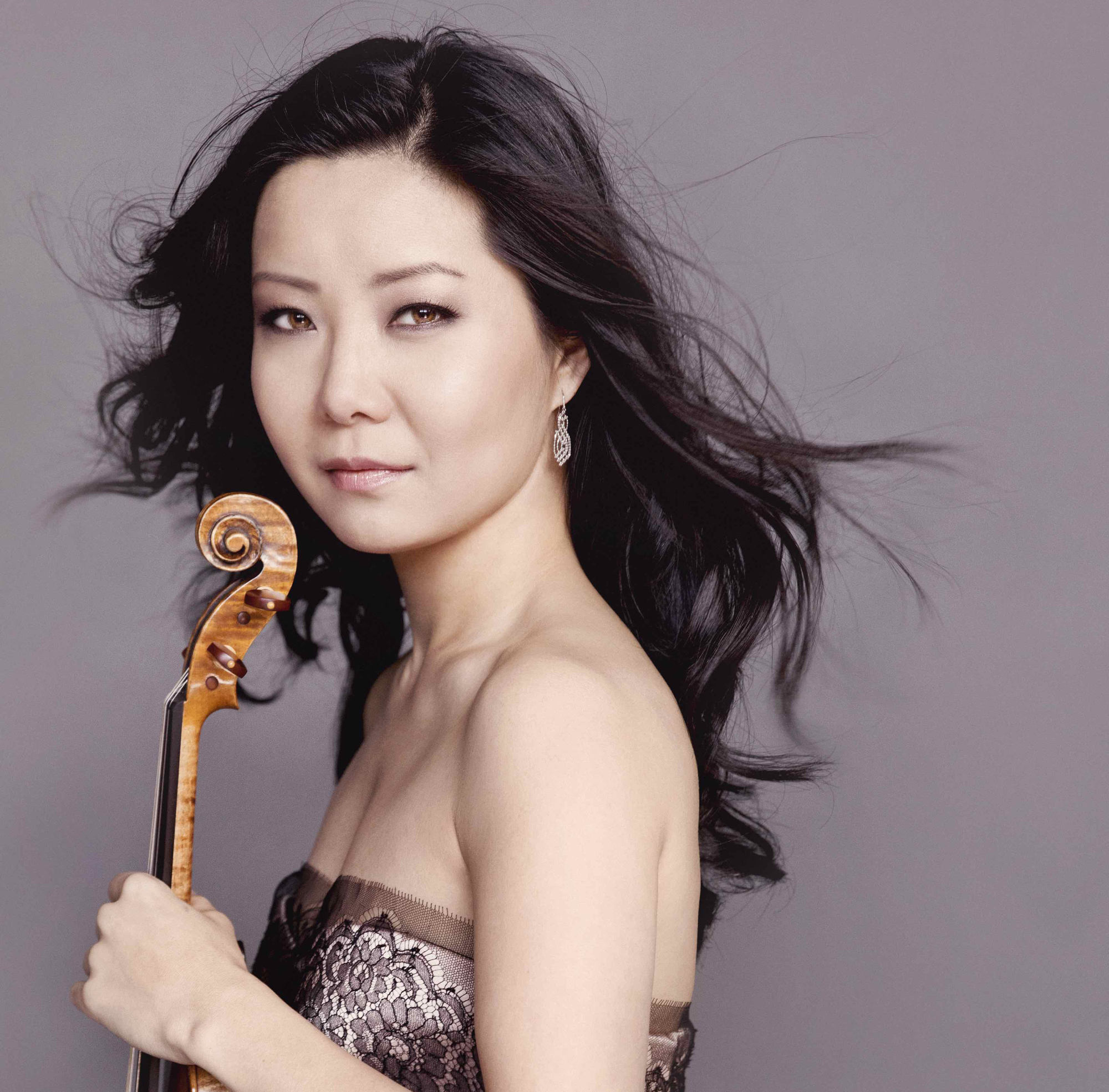 Yi-Jia Susanne Hou concert virtuoso