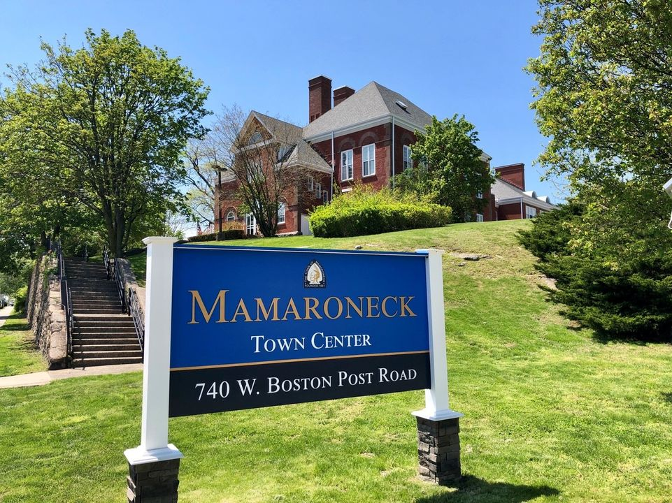 Post and Panel Signs in Mamaroneck NY