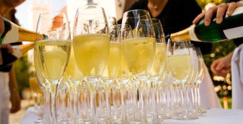 4 Ways to Save Money on your Next Corporate Event