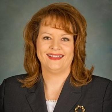 Dana Claburn