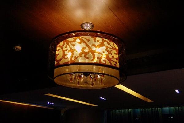 Refurbish Hanging Lampshades for a hotel reception