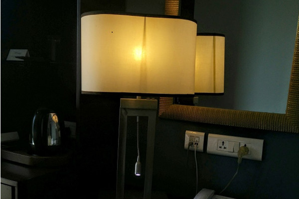 Simple guide to what type of bulb you should buy for your lampshade