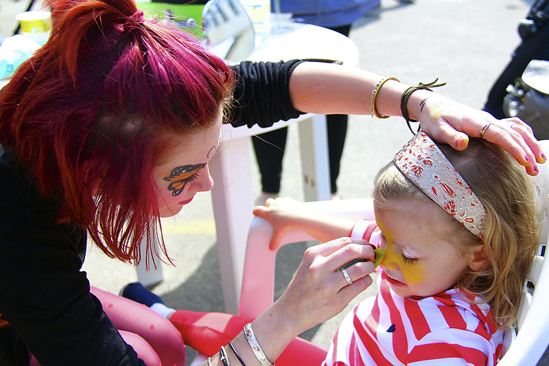 They had a face painter for the kids, free of charge - she wouldn't even take a tip