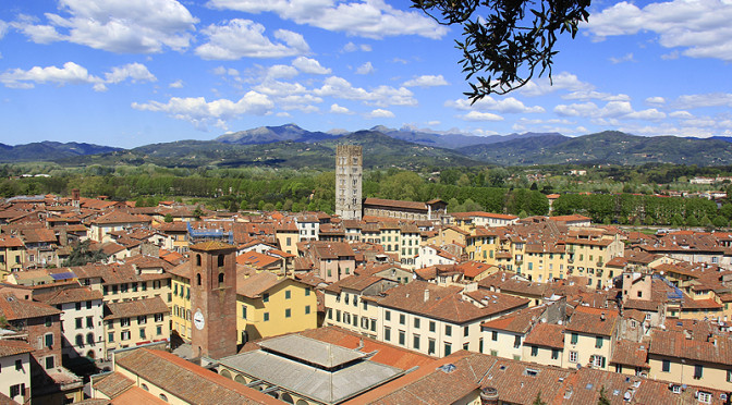 """""""Lucca Over Here… This Tuscan Town is Amazing""""!"""