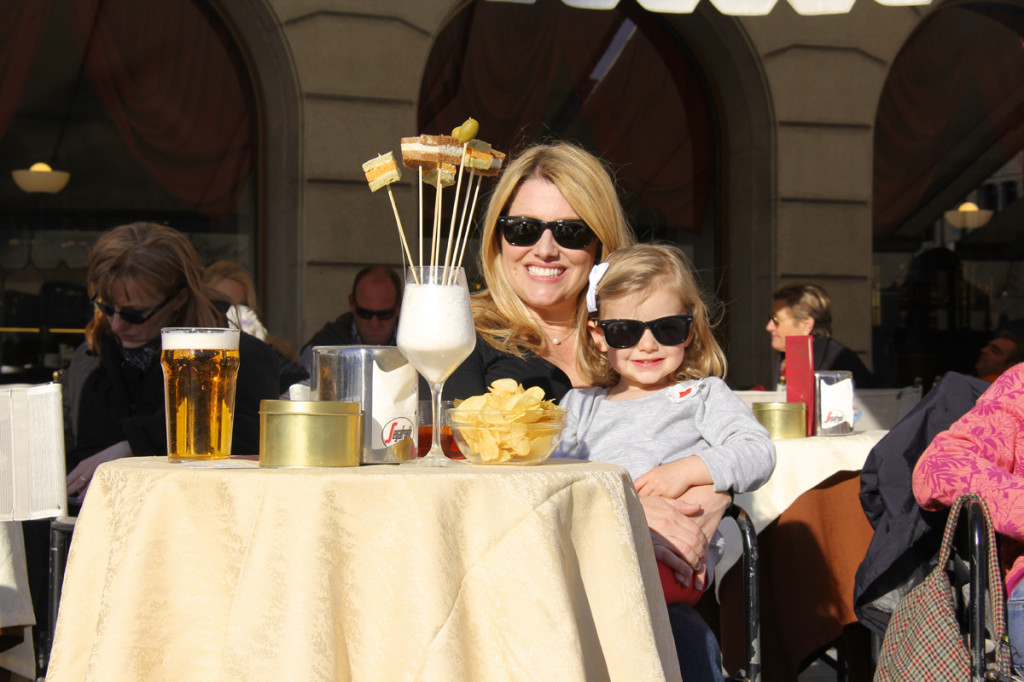 We stopped in the piazza for happy hour