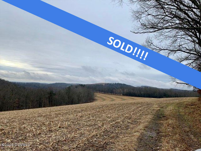213 Acres of Land with Farmhouse