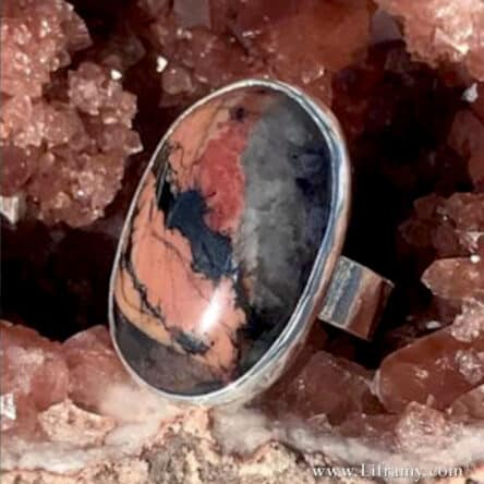 Liframy – Joy and Happiness Rings Designed in Bustamite and Sugilite stone