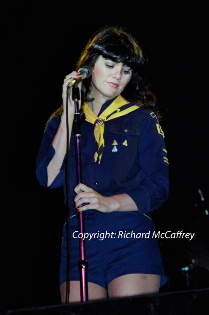 Linda Ronstadt; Greek Theatre; Berkeley CA; 1976