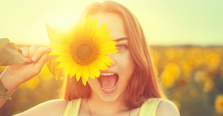 9 Ways to Feel Happier When You're Down