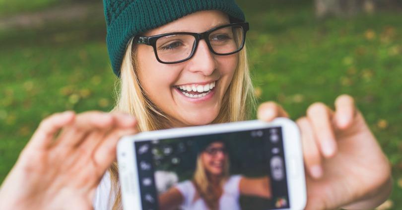 9 Tips for Taking Better Selfies