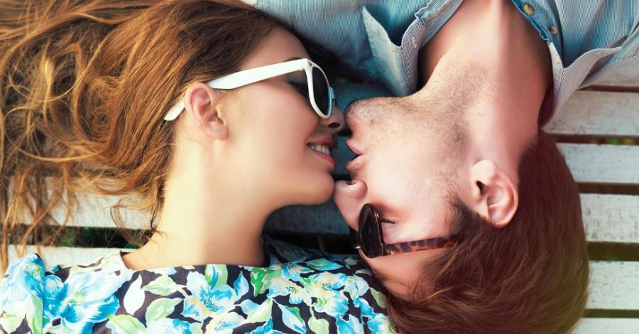 What Makes People Fall in Love? 6 Interesting Reasons