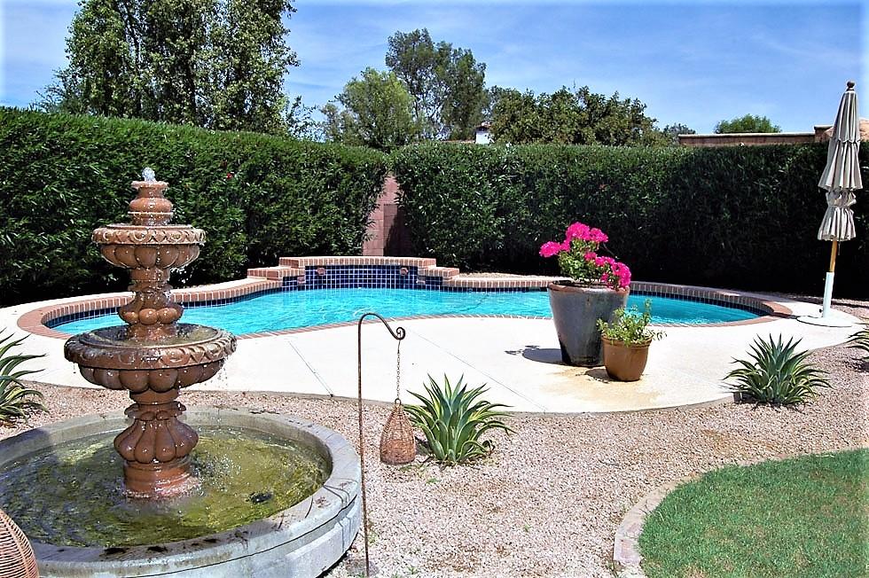 Fountain-N-Pool.jpg