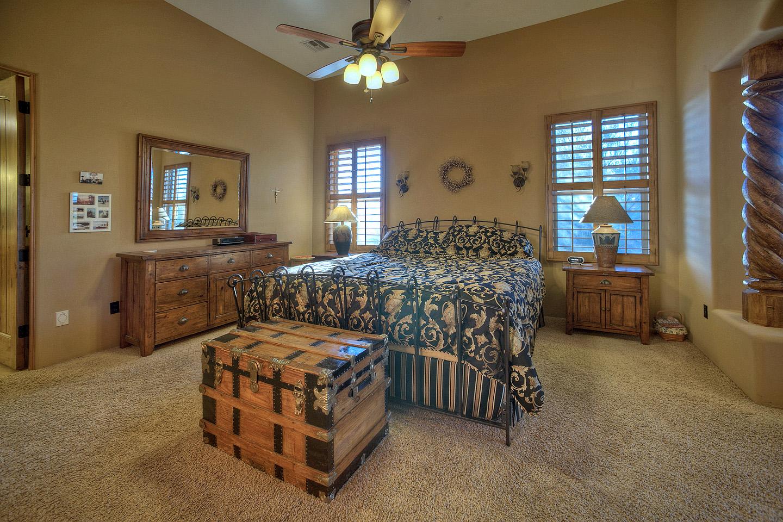 Luxury-Master-Bedroom.jpg