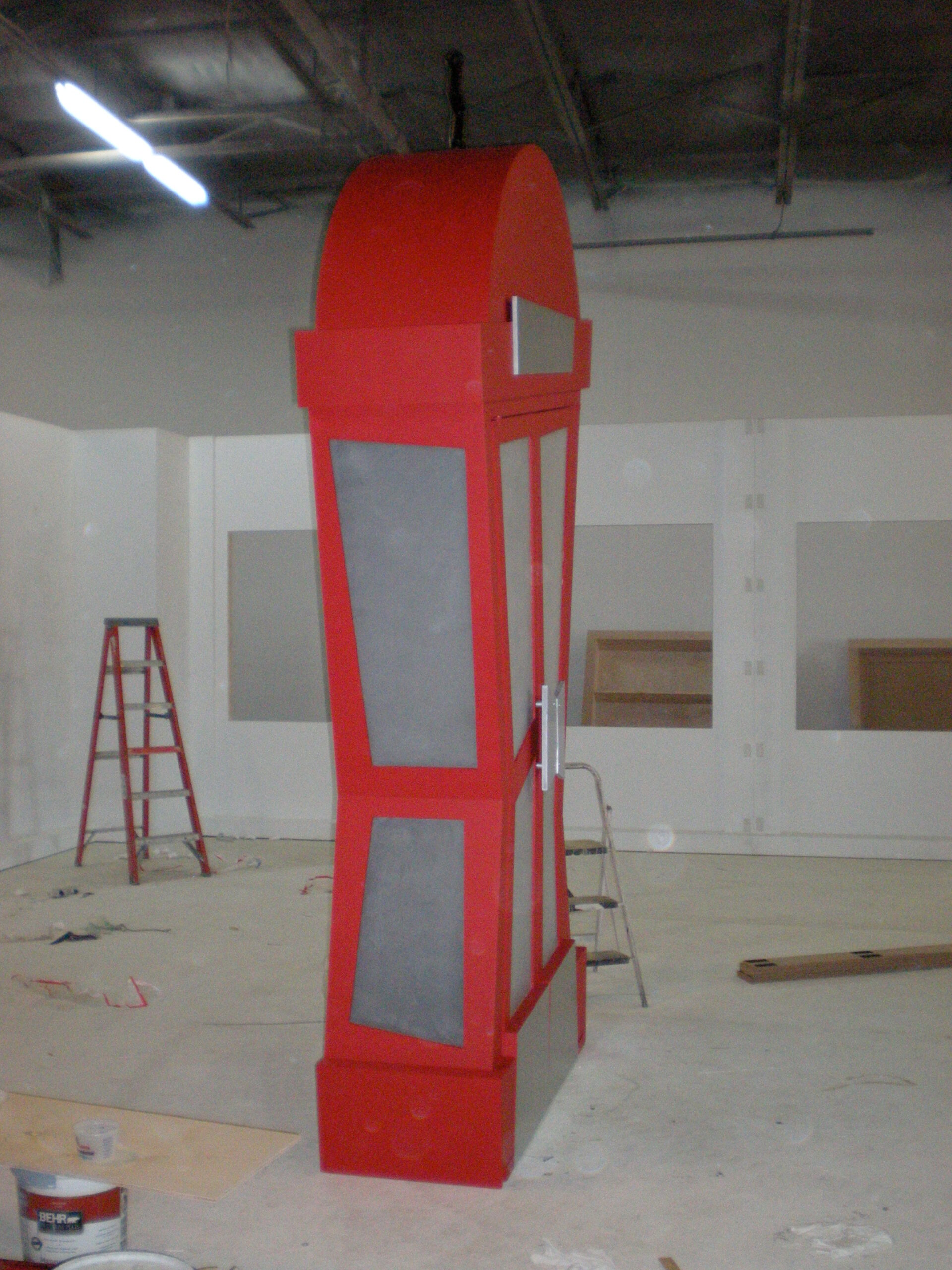 propmasters-props-funhouse-phone-booth
