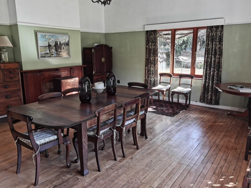Pitlochrie cottages farmhouse diningroom