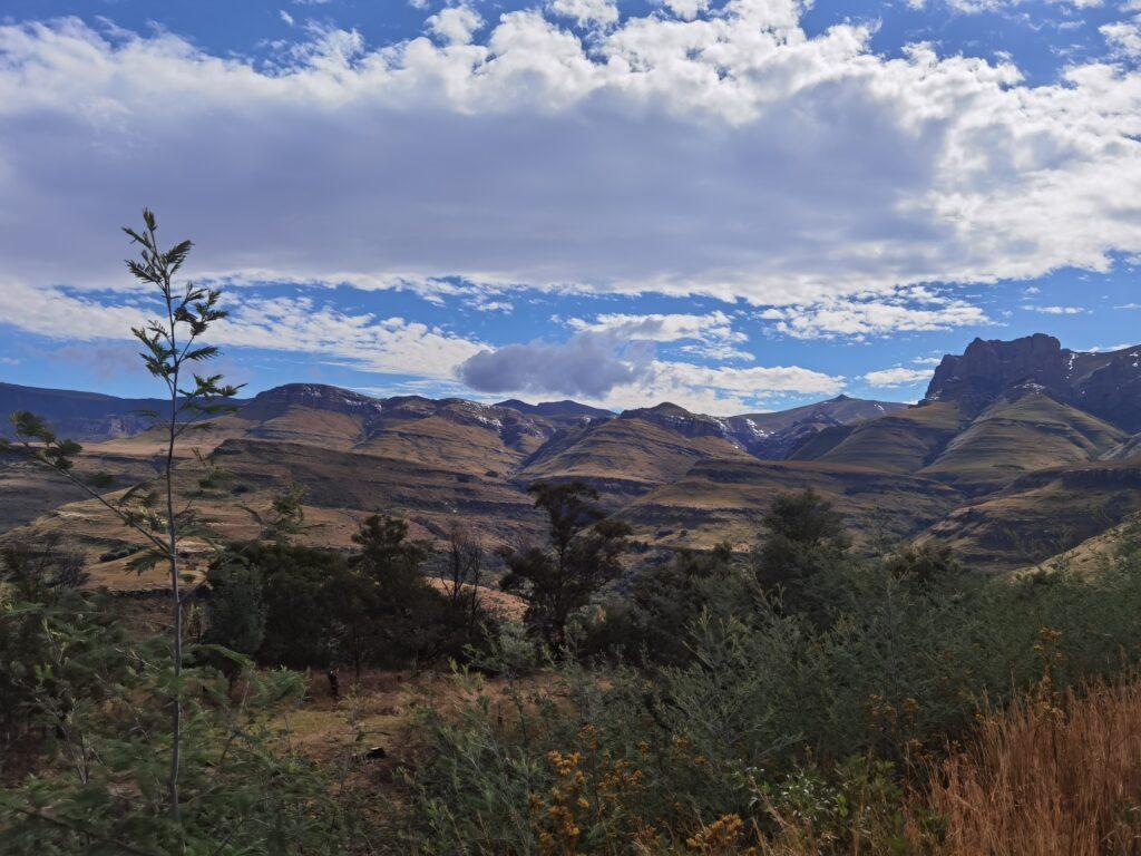 Pitlochrie cottages best Drakensberg farmstay Barkly Pass