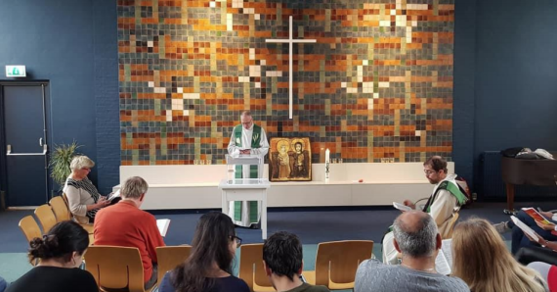 Church Holds Continuous Worship Service To Prevent Family's Deportation