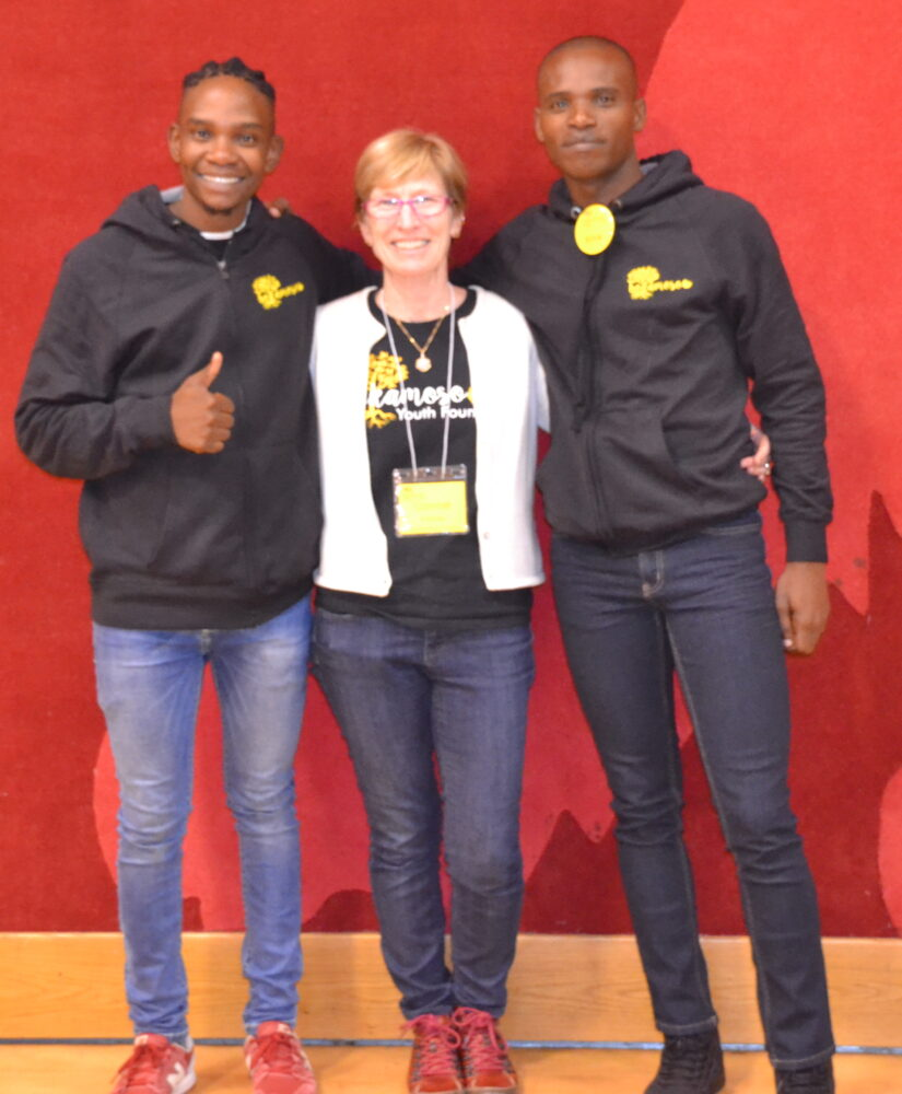 Foundation President Connie Sullivan with Tshepo Seabi (l) and Steve Baloyi (r), both members of the Bokamoso Centre staff.