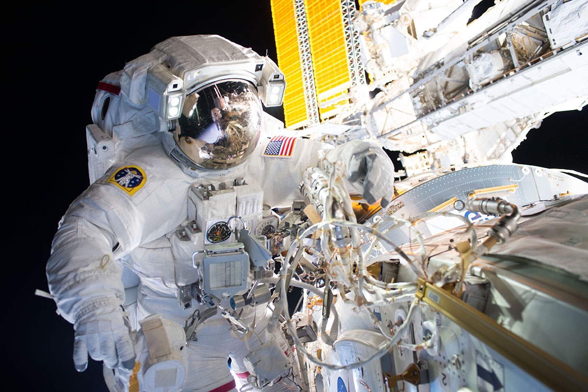 ISS Contact Highlighted on 'Greg and Dan'