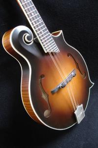 mandolin-f5-02847