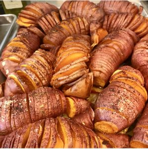 ROASTED HASSELBACK POTATOES FOR THANKSGIVING