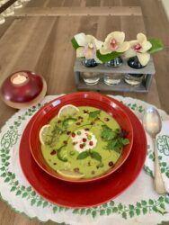 IT'S CHILLY OUT! HOW ABOUT A HOT, CREAMY BOWL OF PEA SOUP!