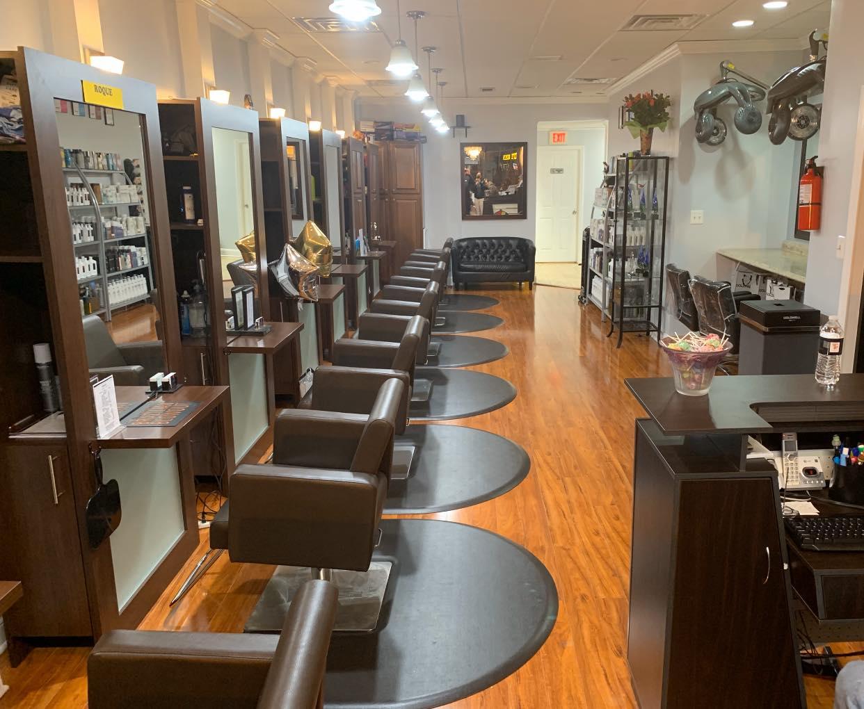 Thomas Shelton Hair Design Salon Interior