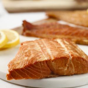 WILD CAUGHT ALASKAN SALMON Smoked fish